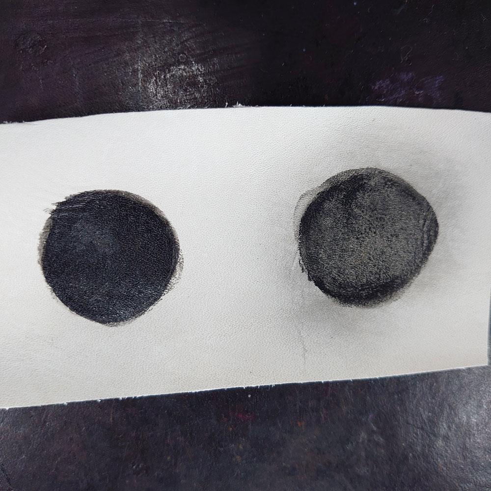 タラゴ セルフシャインリキッドと乳化性クリームを塗った後に乾拭きをした比較画像