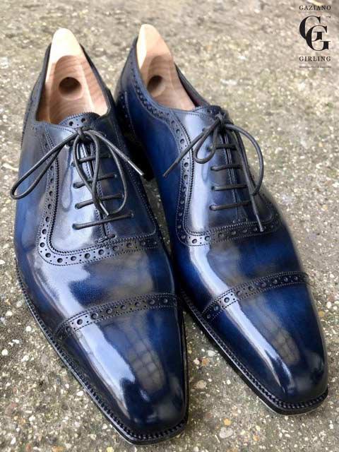 現代的な形とクラシックなスタイルを併せ持つ、ガジアーノ氏好みのビスポークシューズ