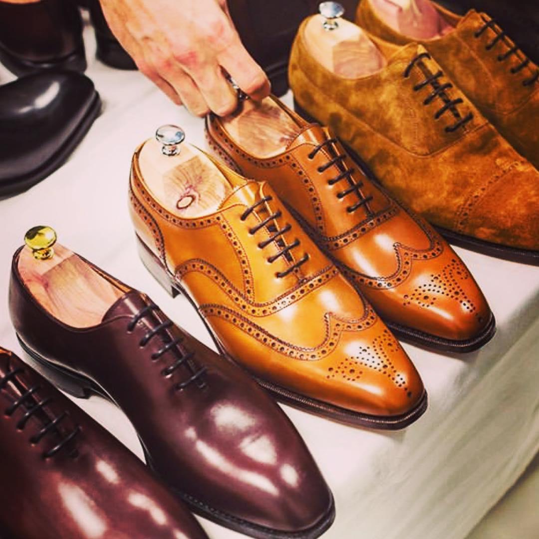 いろんなデザインの靴
